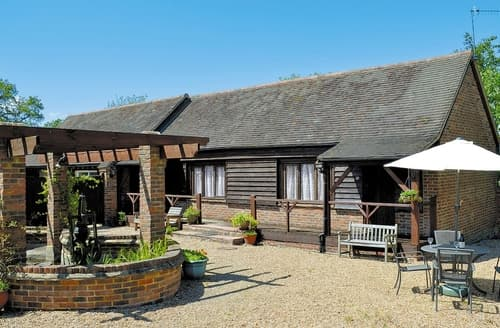 Last Minute Cottages - Stunning Battle Cottage S13849