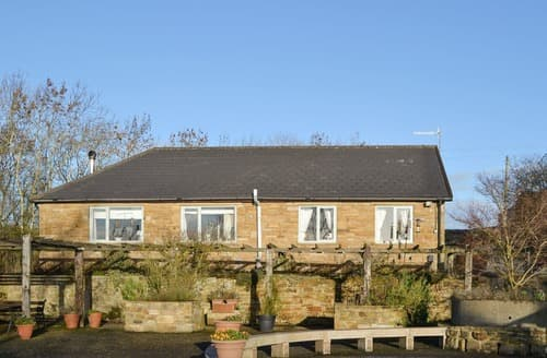 Last Minute Cottages - Hadrians Garden Villa