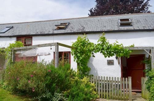 Last Minute Cottages - Inviting Honiton Cottage S18790