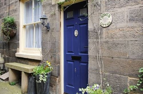 Last Minute Cottages - Charming Whitby Cottage S15574