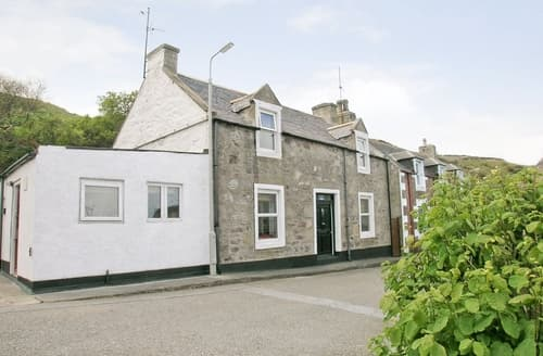 Last Minute Cottages - Charming Buckie Cottage S22815