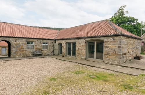 Last Minute Cottages - Stunning Danby Cottage S15022
