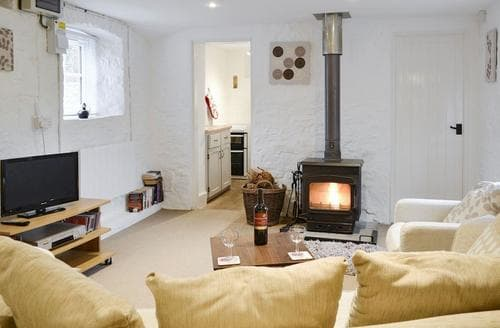 Last Minute Cottages - Delightful Chulmleigh Cottage S19036