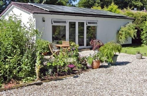 Last Minute Cottages - Wonderful Axminster Cottage S38654
