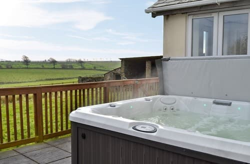 Last Minute Cottages - Wonderful Sandyway Cottage S128211