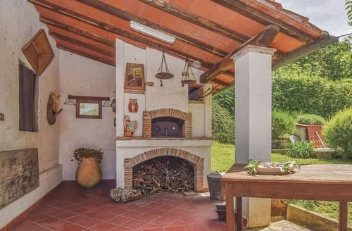 Last Minute Cottages - Quaint Versilia Cottage S120475