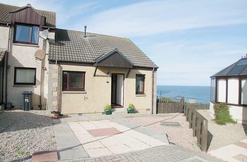 Last Minute Cottages - Ocean View - 28045