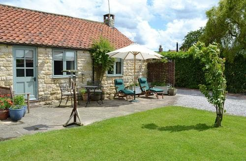 Last Minute Cottages - Ashpit Cottage