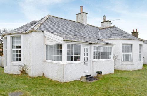 Last Minute Cottages - Delightful Sandyhills Cottage S49639