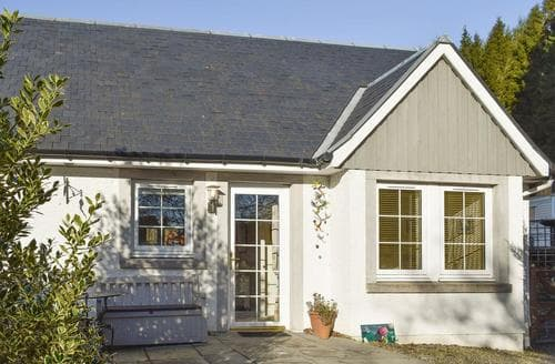 Last Minute Cottages - Stunning Blairgowrie Cottage S23345