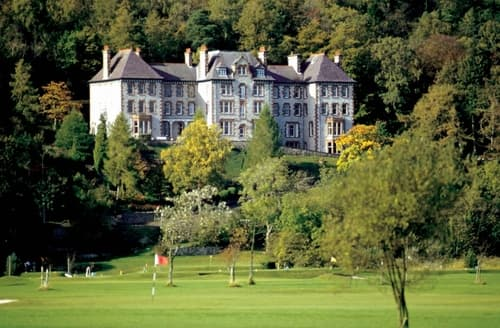 Last Minute Cottages - Luxury Grange Over Sands Apartment S18487