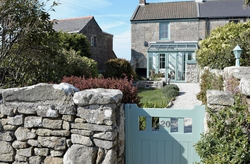Last Minute Cottages - Lovely St Just Cottage S21355