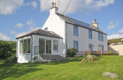 Last Minute Cottages - Kirkbride Farmhouse - 28471