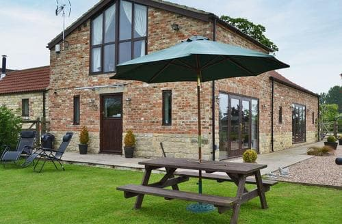 Last Minute Cottages - Tockwith Lodge Barn