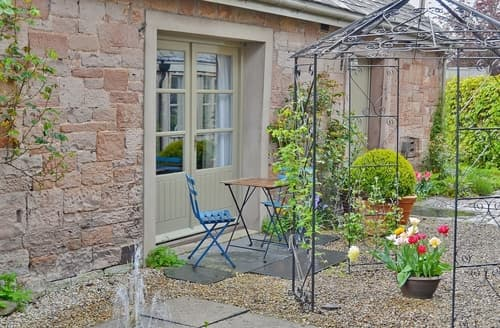 Last Minute Cottages - Attractive Pooley Bridge And Northern Ullswater Cottage S18656