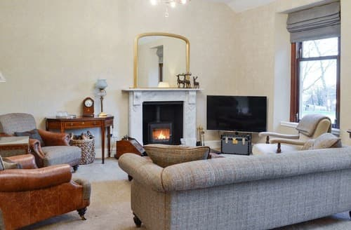 Last Minute Cottages - Luxury Panbride Apartment S128961