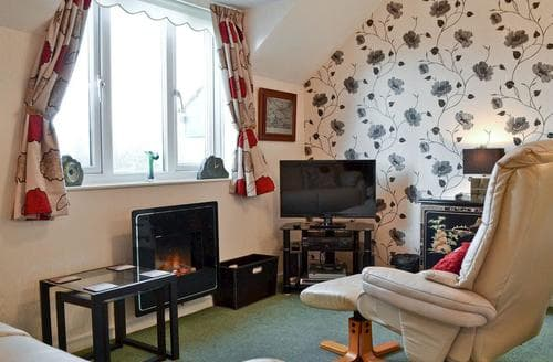 Last Minute Cottages - Superb Bowness On Windermere Apartment S24430