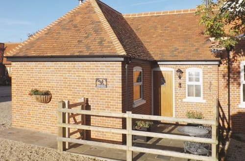 Last Minute Cottages - Superb Maldon Cottage S18134