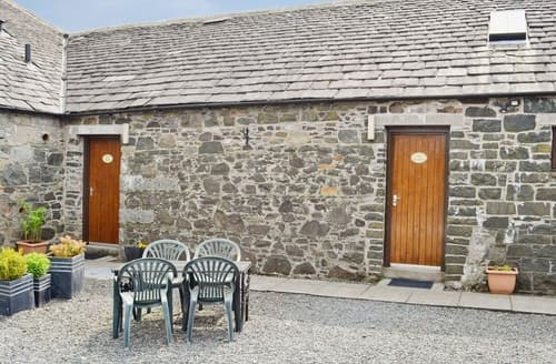 Dog Friendly Cottages - The Hen Hoose