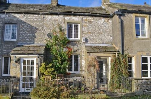 Last Minute Cottages - Calton Cottage