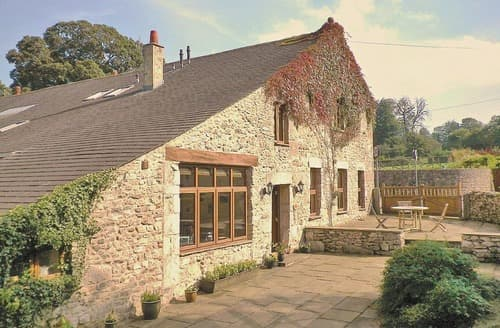 Last Minute Cottages - Inviting Silverdale Lodge S18257