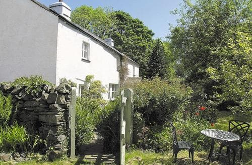Last Minute Cottages - Cragg Cottage