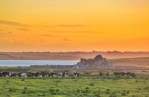 Last Minute Cottages - Bannow Bay Seaside Farm