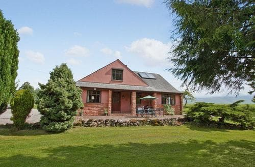 Last Minute Cottages - Inviting Penrith Apartment S18619