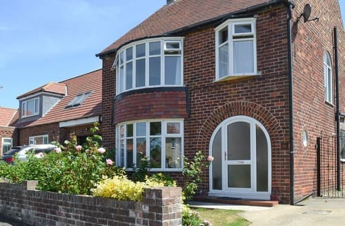 Big Cottages - Quaint Bridlington Cottage S105490