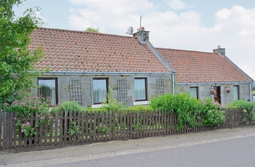 Big Cottages - Luxury Edinburgh Cottage S23461