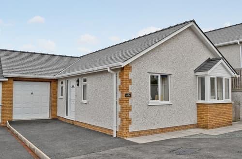 Last Minute Cottages - Luxury Benllech Cottage S24734