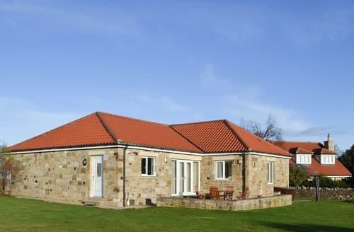 Last Minute Cottages - Luxury Bamburgh Cottage S14441