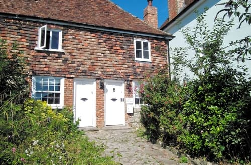 Last Minute Cottages - Gorgeous Folkestone Cottage S13640