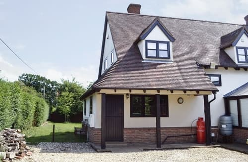 Last Minute Cottages - Maytree Cottage