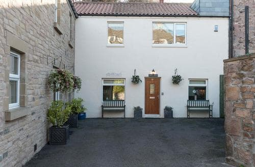 Big Cottages - Exquisite Wooler Cottage S14740