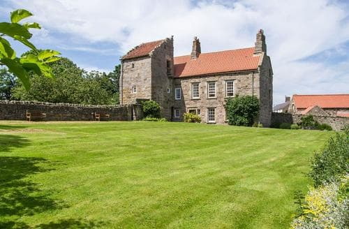 Big Cottages - Stunning Craster Cottage S14541