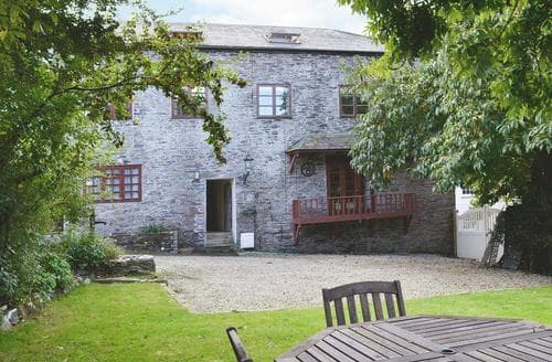 Last Minute Cottages - Hollywell Barn
