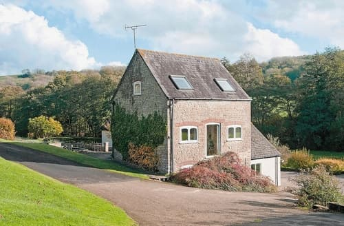 Last Minute Cottages - Charming Chipping Sodbury Cottage S24600
