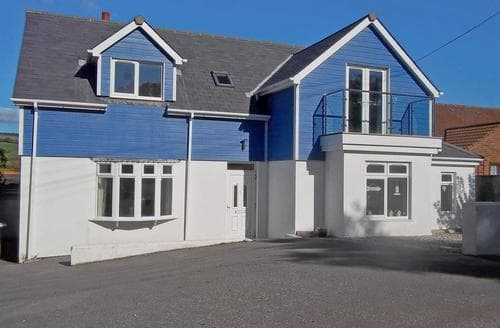 Last Minute Cottages - Luxury Shaldon Cottage S24803