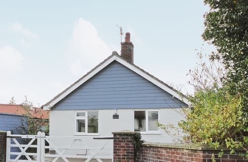 Last Minute Cottages - Beautiful Wells Next The Sea Cottage S17663