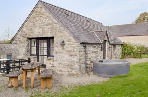 Big Cottages - Luxury Cardigan Cottage S21550