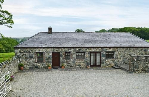 Last Minute Cottages - Elidir Cottage