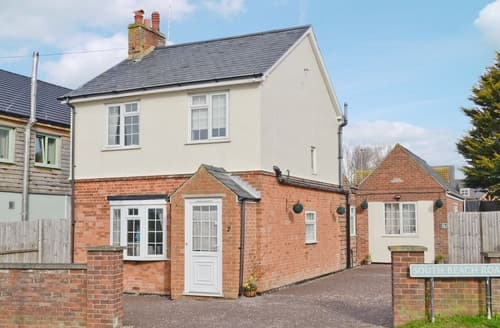 Last Minute Cottages - Excellent Hunstanton Cottage S17462
