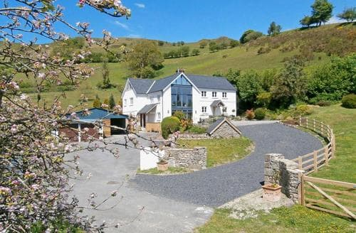 Big Cottages - Delightful Llandeilo Cottage S21706