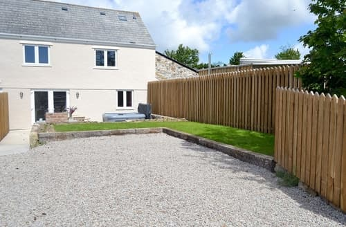 Last Minute Cottages - Lovely Marazion Cottage S21241