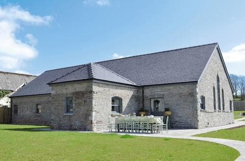 Last Minute Cottages - Excellent Kidwelly Cottage S21679