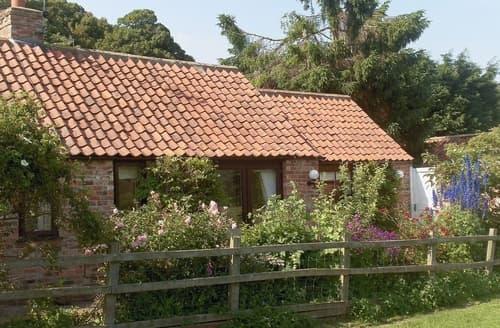 Dog Friendly Cottages - Wisteria Cottage