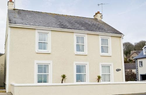 Last Minute Cottages - Charming Saundersfoot Cottage S25306