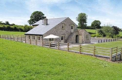 Last Minute Cottages - Pheasants Fields