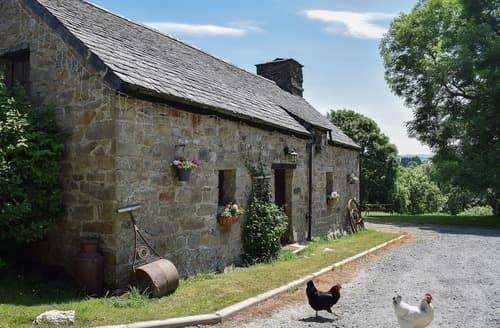 Last Minute Cottages - Delightful Llangrannog Cottage S26355